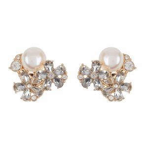 Floral Pearl earrings - great for gift giving.